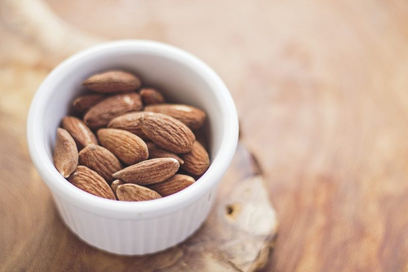 Almonds Healthy Food Athelio Com