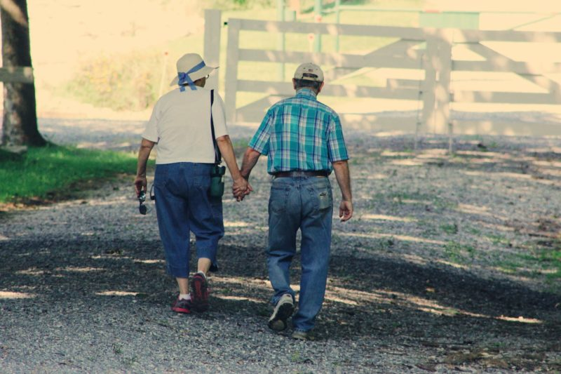 Aging-parents-physcial-health-Athelio